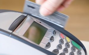 Small business risk lost sales amidst rise of cashless tech