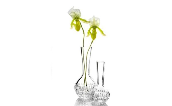 Floral artist to the stars visits Australia for new Waterford Crystal collection